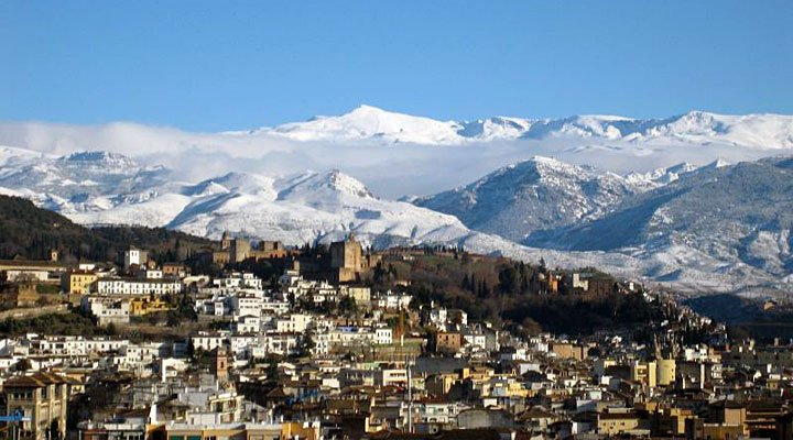 Transfer from Malaga airport to Sierra Nevada | We tell you everything you need to know