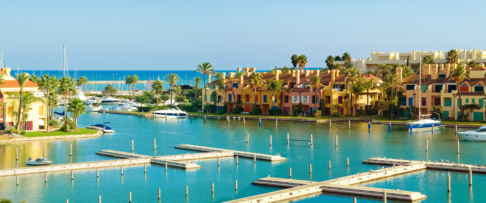 Do you need a transfer to Sotogrande from Málaga Airport?| Contact us!