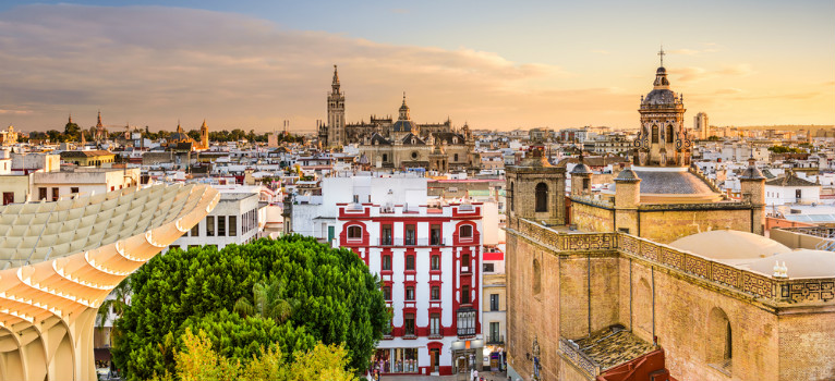 Searching for a transfer to Seville | Call us now!