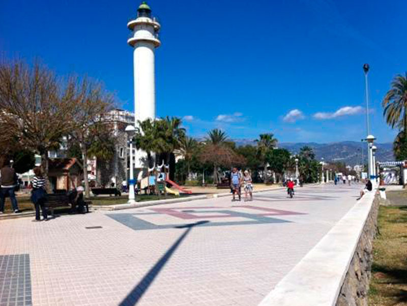 monumento transfer to Torre del Mar from Malaga Airport