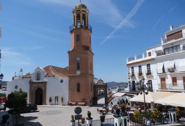 iglesia transfer to Cómpeta from Malaga Airport